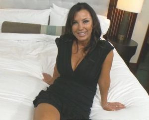 Mckenzie 47 year old mother, Real cougar housewife of Orange County